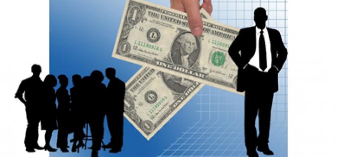 Trả tiền lương cho sinh viên thực tập và cộng tác viên nước ngoài